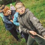 children doing a tug of war