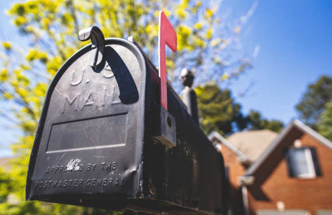 mailbox with flag up